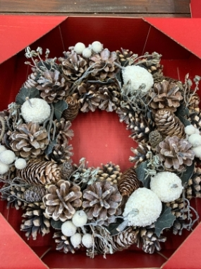 Frosty Morning Artificial Wreath