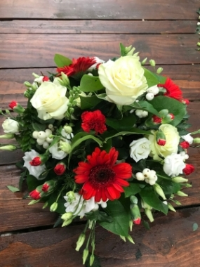 Red and White Loose Posy